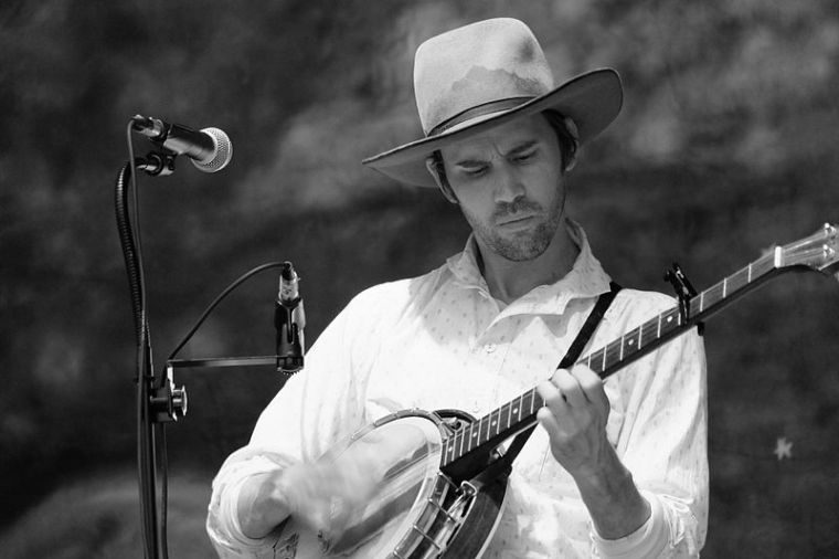 Willie Watson performs folk songs not as curious articles of history, but as energised and living expressions of the human experience
