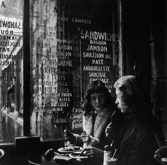 Cafe_culture_in_bohemian_Paris_4fc8f2ccbae2d