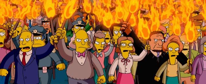angry-mob-pitchforks-